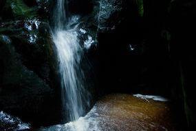 vodopád v Adršpašských skalách